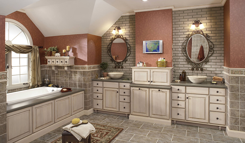 Cabinets Auburn Hills  ... Merillat Classic Somerton Hill in Maple Oatmeal with Desert Glaze ...