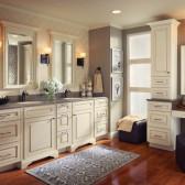 Kraftmaid luxurious master bathroom